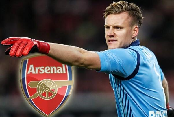 O Leno στην Arsenal